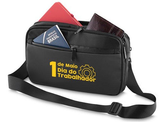 http://www.criativebrindes.com.br/content/interfaces/cms/userfiles/produtos/pochete-mini-bolsa-personalizada-para-brindes-dia-do-trabalhador-336.jpg